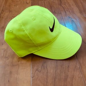 Toddler Nike neon cap
